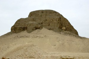 Pyramid_at_Lahun